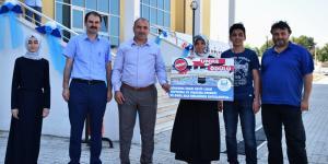Atakum Anadolu İmam Hatip Lisesi Başarılı Öğrencisine Umre Hediye Etti