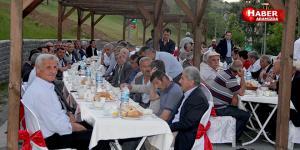 Başkan Sarıcaoğlu'ndan Muhtarlara İftar Yemeği