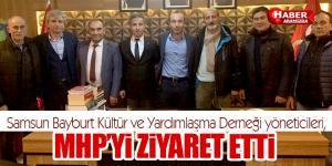 Bayburtlular MHP'yi ziyaret etti