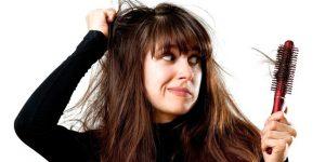 Saçınız mı dökülüyor? hemen bir Cildiye Uzmanı'na başvurun!