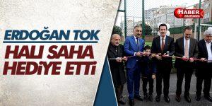 Erdoğan Tok Halı Saha Hediye Etti