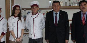 Öğrenciler Başkan İkiz'i ziyaret ettiler