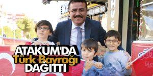 Başkan Taşçı ATakum'da Türk Bayrağı Dağıttı