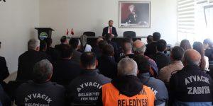 Ayvacık Belediye Başkanı Personelle Tanıştı