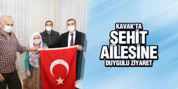 KAVAK'TA ŞEHİT AİLESİNE DUYGULU ZİYARET
